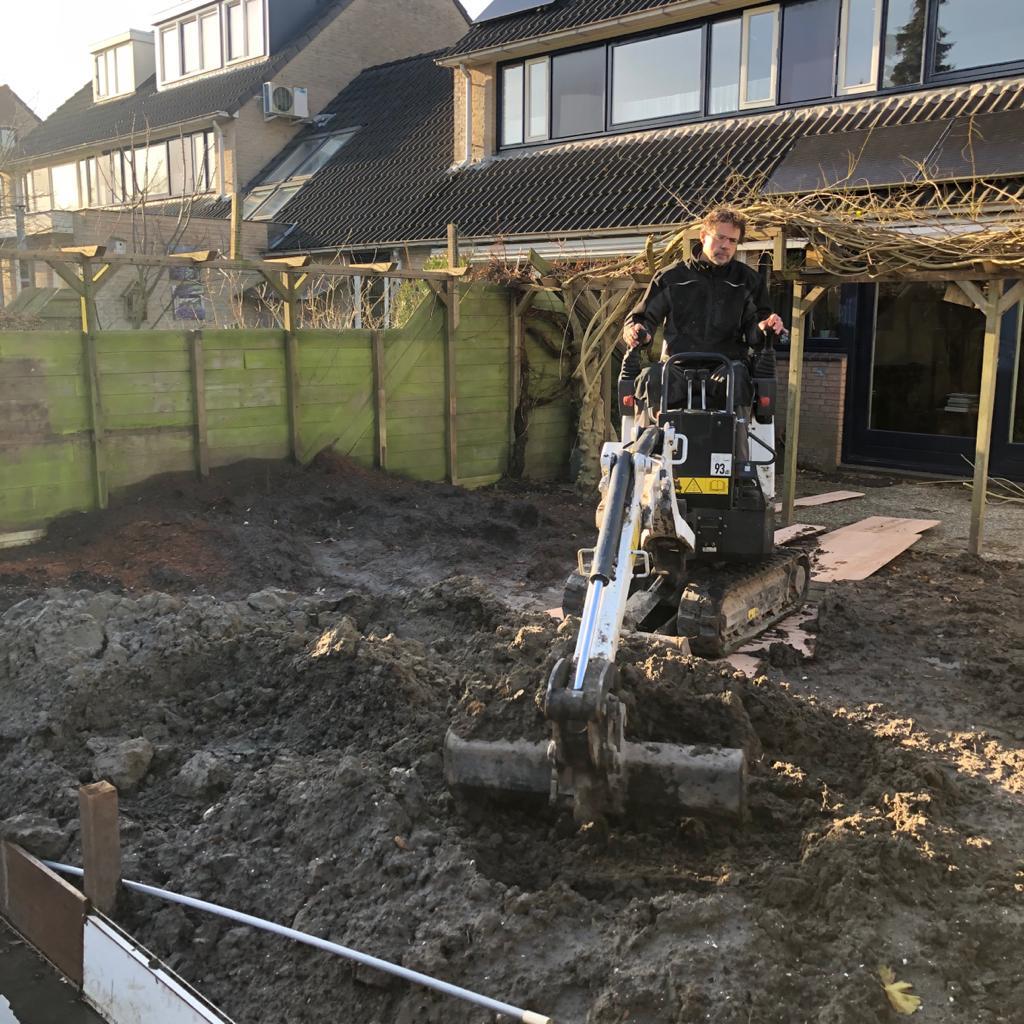 Grond afgraven en stronken verwijderen in Alkmaar